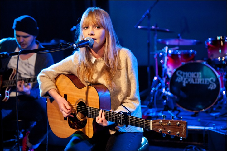 13-Lucy-Rose-plays-at-Scala-London-supporting-Smoke-Fairies